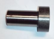 Втулка ролика MD303378